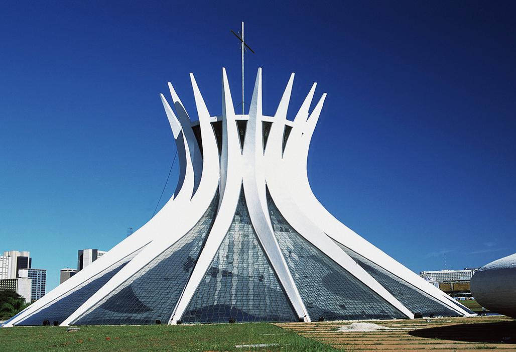 wie kann ich die kathedrale brasilia einfach nachbauen haus kirche architektur. Black Bedroom Furniture Sets. Home Design Ideas