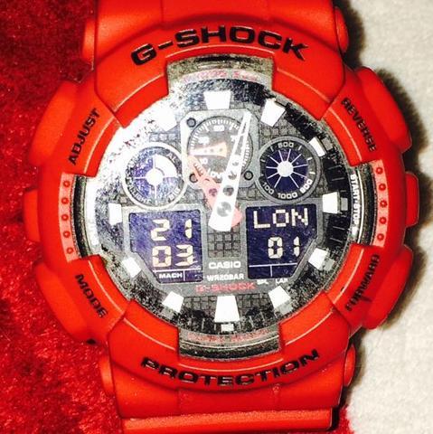 Wie kann ich die Uhrzeit meiner G-SHOCK Protection umstellen? Brauche dringend eure Hilfe LG :-)