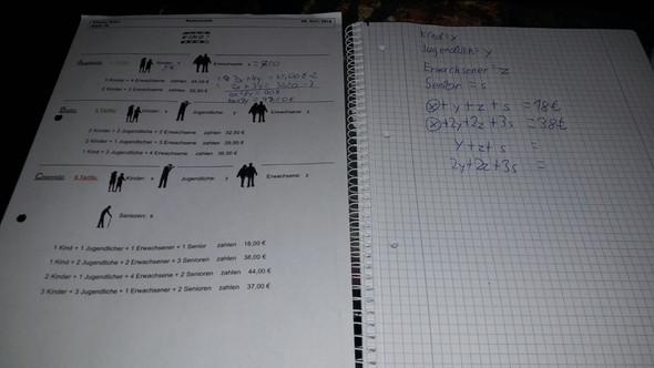 Links ist die Aufgabe - (Schule, Mathematik, Formel)
