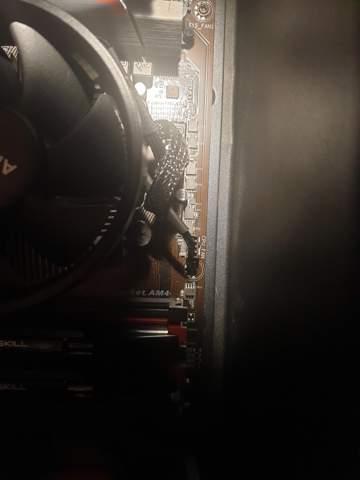 Wie kann ich diesen CPU-Kühler-Kabel abziehen?