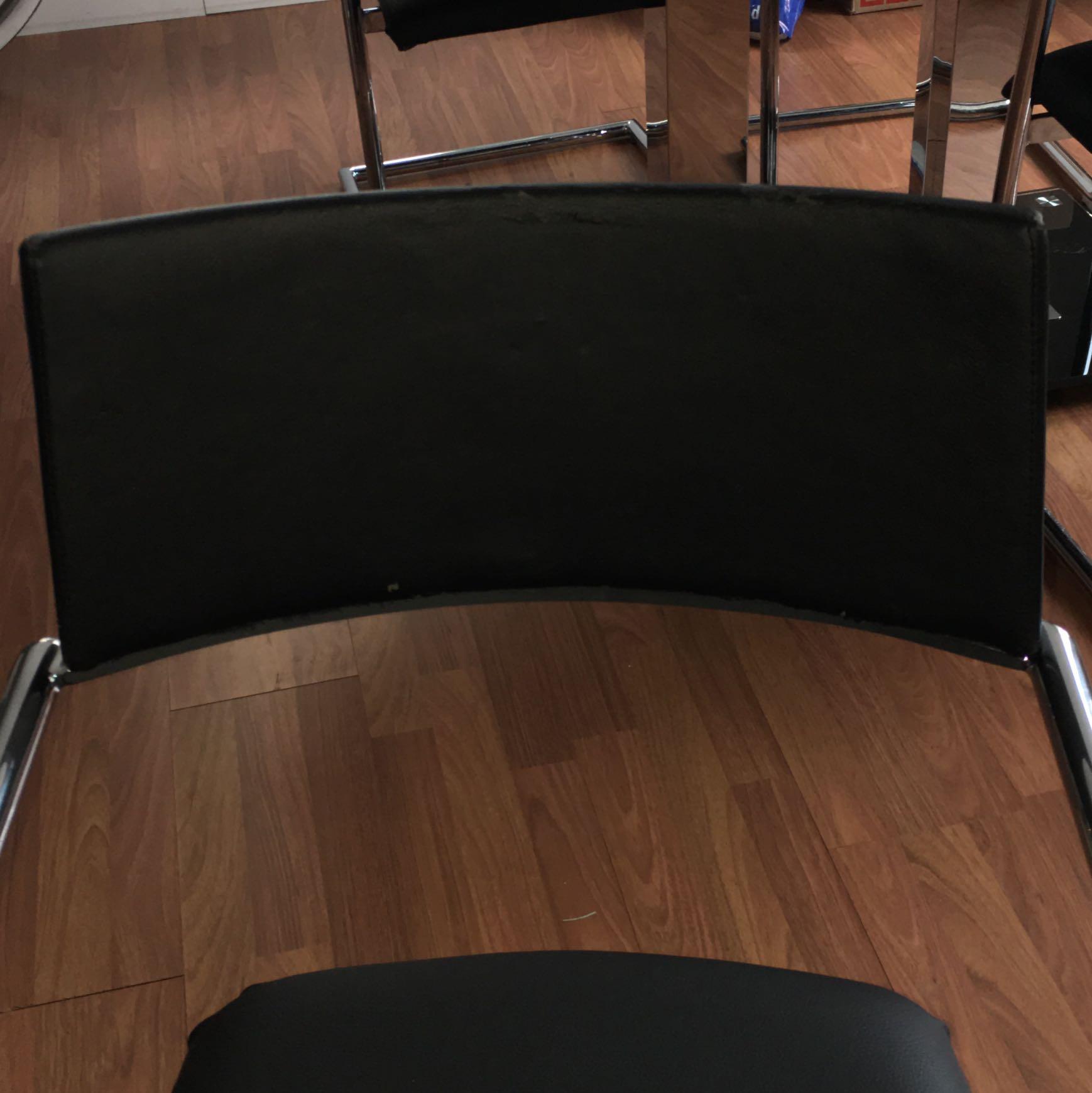 Wie kann ich sen Überzug mit Rundung aus Kunstleder nähen Stuhl beziehen