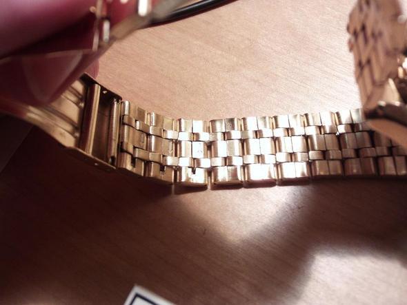 Wie kann ich dieses Uhren Armband kürzen? (Edelstahl)