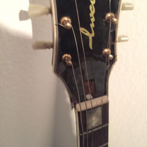 Wie kann ich ein kaputten Gitarrenhals wieder reparieren?