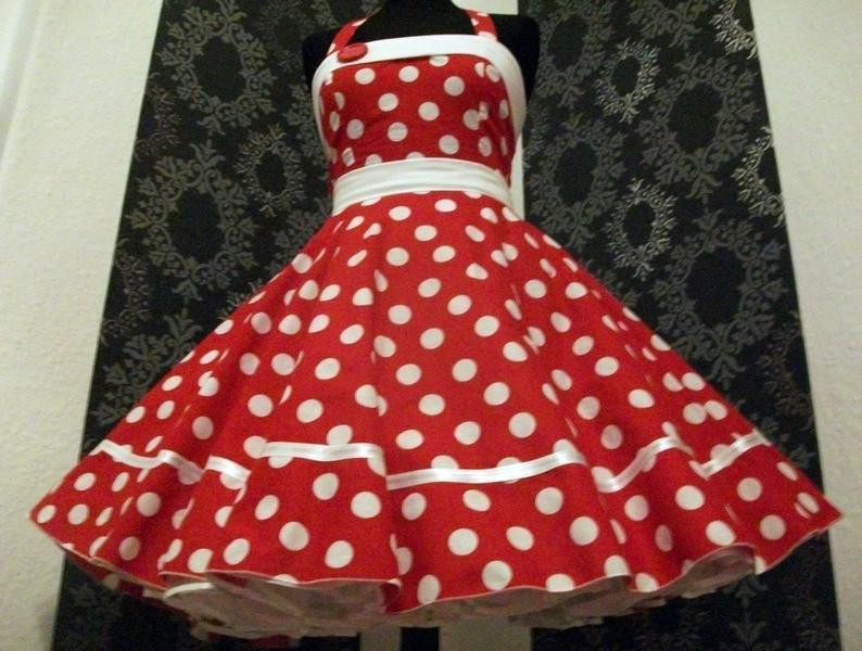 schnittmuster petticoat unterrock wie kann ich einen petticoat selber machen unterrock. Black Bedroom Furniture Sets. Home Design Ideas