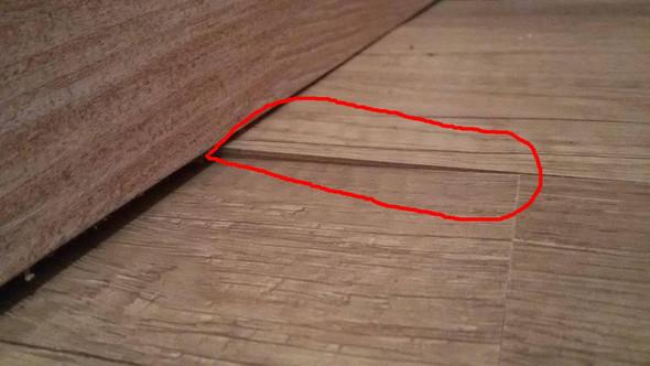 wie kann ich erhebungen an meinem vinylboden reparieren siehe fotos wohnung handwerk boden. Black Bedroom Furniture Sets. Home Design Ideas