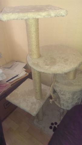 alter kratzbaum  - (Katzen, bauen, Catwalk)