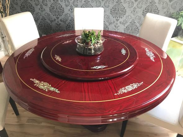 wie kann ich kratzer aus einem mit klarlack lackierten runden holztisch aus china restaurant. Black Bedroom Furniture Sets. Home Design Ideas