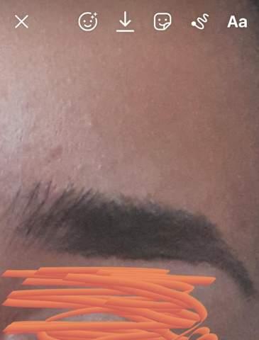 Wie kann ich meine Augenbraue so fixizieren und ähnelt sich die Form wie bei den Bildern?