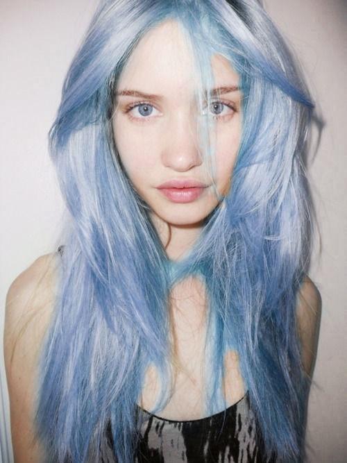 wie kann ich meine haare blau t nen ohne sie blondieren zu m ssen directions. Black Bedroom Furniture Sets. Home Design Ideas