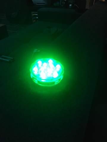 Wie kann man bei einem LED Licht die Farbe wechseln ohne Fernbedienung?