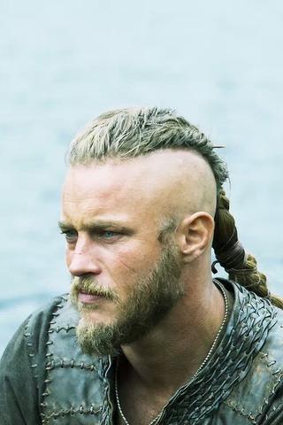 Ragnar Lodbrok  - (Frisur, vikings, Ragnar)