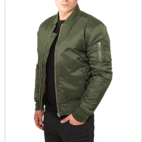 Wie kann man diese Jacke kombinieren außer mit schwarzer Hose schwarzes Oberteil?