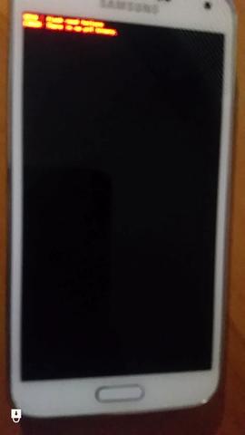 vom alten Handy die kurze millisekunde abfotografiert (rote schrift alle 2 min) - (Android, Root, Reset)