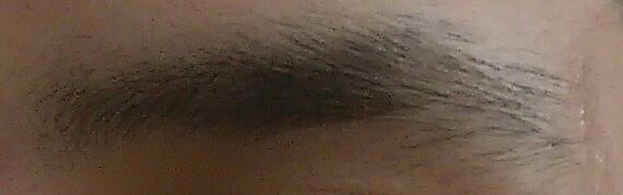 meine augenbrauen - (Augenbrauen, Augenbrauen zupfen, augenbrauenform)