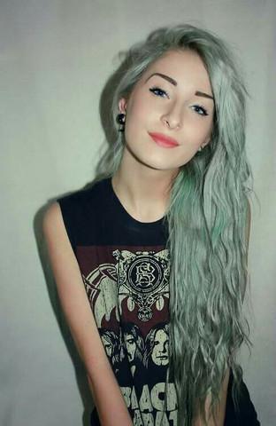 Mint-Grau - (Haare, Haarfarbe, färben)