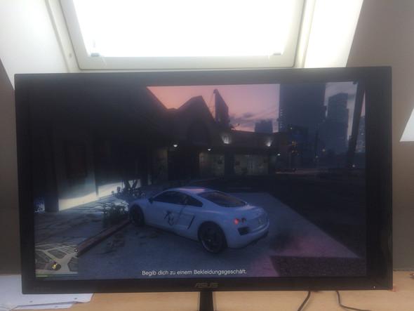 (Das Bild ist ein bisschen nach links geschoben) - (PC, Monitor, GTA 5)