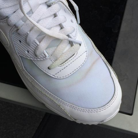 Brauner Schmut, eigentlicher Grund wegen dem Waschen..  - (Beauty, Schuhe, Fashion)