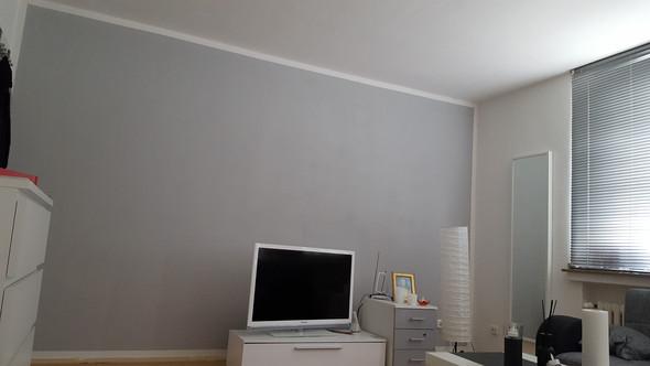 wie kriege ich die wandfarbe gleichm ssig wohnen streichen. Black Bedroom Furniture Sets. Home Design Ideas