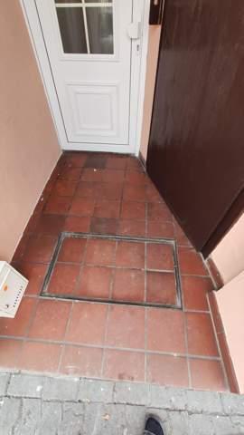 Wie kriege ich einen alten Boden sauber?