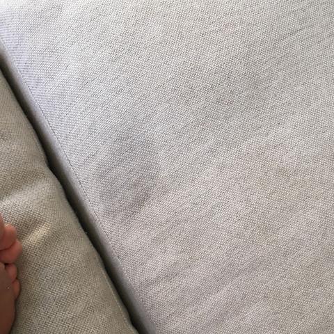 wie kriege ich flecken aus dem teppich raus haushalt. Black Bedroom Furniture Sets. Home Design Ideas