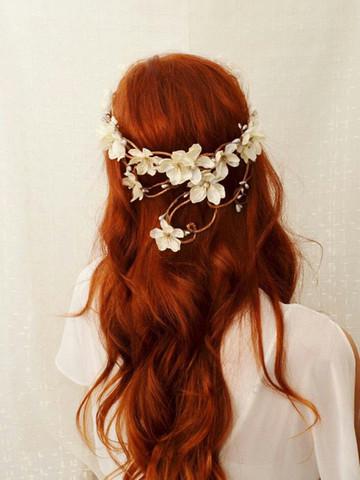 Mit henna rot gefärbte haare blondieren