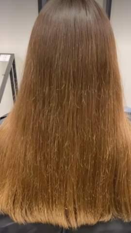 Wie kriegt man seine Haare so hin?