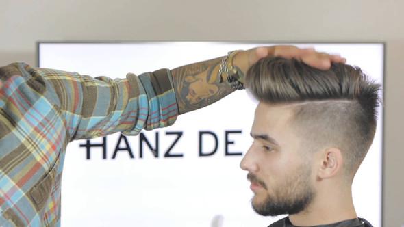 Wie kriegt man so eine Frisur hin (undercut)?