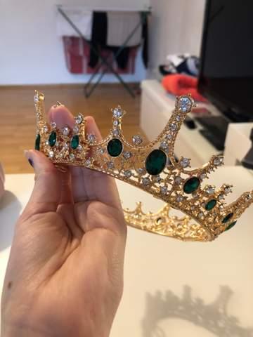 Wie Krone anziehen?