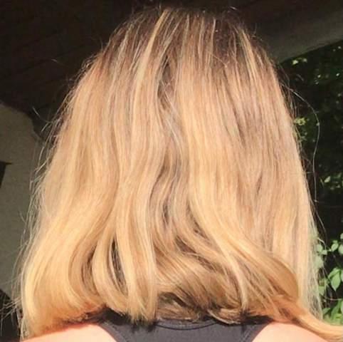 Wie lange dauert es bis schulterlange Haare nachwachsen?