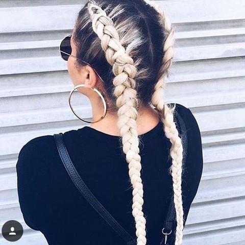 (diese frisur meine ich) - (Haare, Frisur, Friseur)