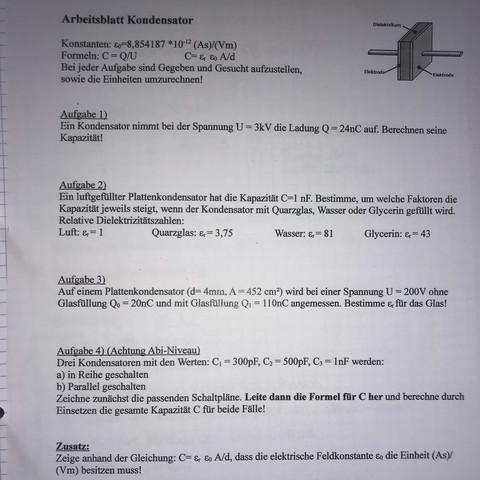 Wie löst man diese Physik Aufgaben? (Schule, Mathe, Kondensator)