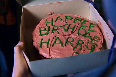 Wie Mache Ich Die Schrift Von Harrys Erster Geburtstagstorte Aus Dem