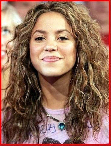 Wie Mache Ich Solche Locken Haare Haarpflege Shakira