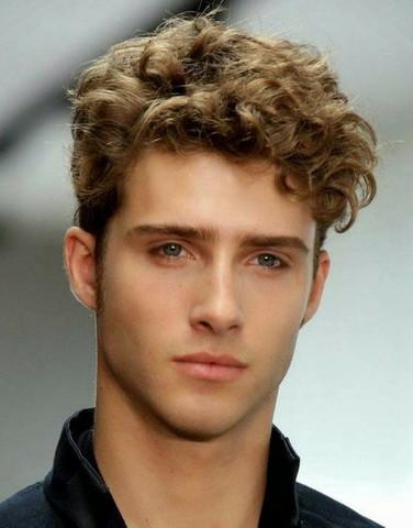 Wie Macht Man Sich Als Junge So Eine Frisur Haare Jungs Friseur
