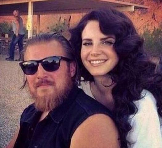 Lana Del Rey  - (Mädchen, Haare, Frauen)