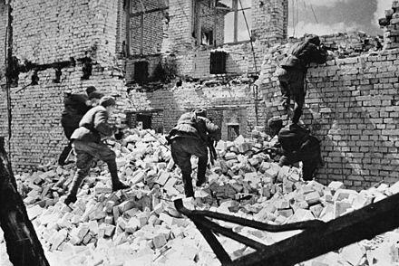 Wie oft gab es Kampfhandlungen in Stalingrad pro tag?