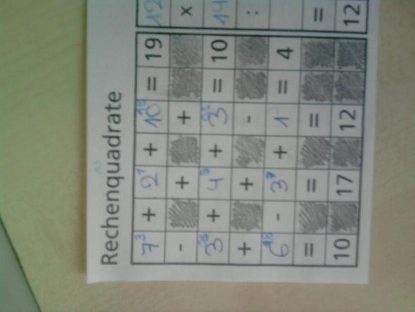 wie rechnet man rechenquadrate aus mathematik