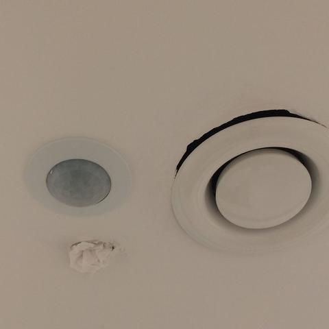Wie Repariert Man Ein Loch In Einer Rigipsdecke Wohnen