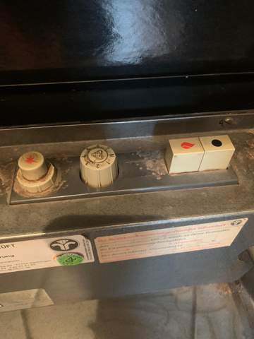 Wie schalte ich diese Gasheizung an?