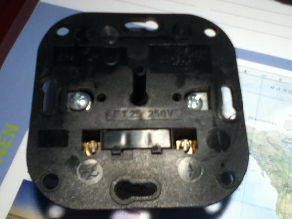 Das ist der Dimmer - (Elektronik, Anschluss)