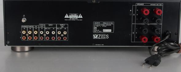 Wie schließe ich einen Sub an meinen Amp an?