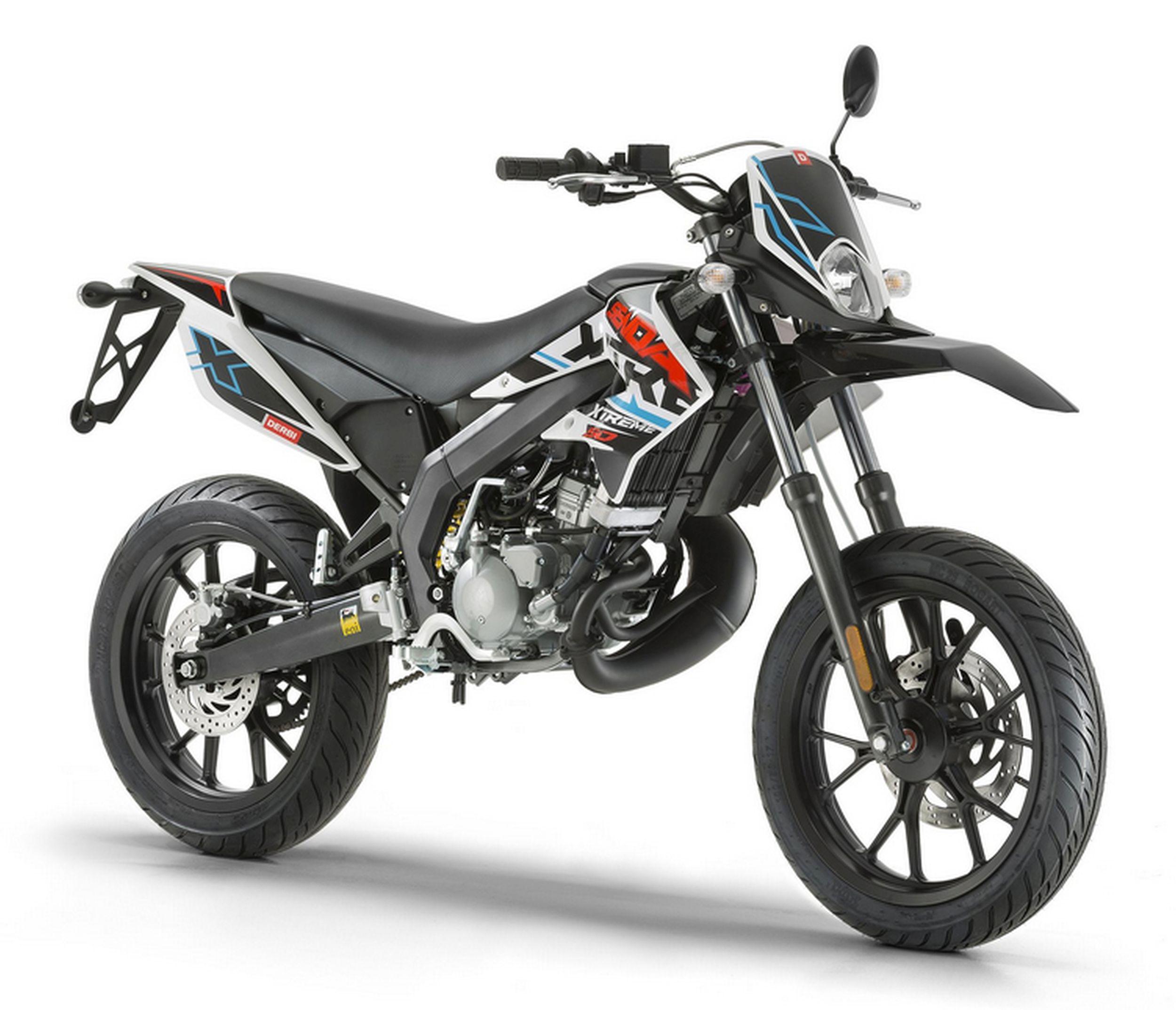 wie schnell fahrt ein 50ccm moped nur mit kupplung motorrad motor fahren. Black Bedroom Furniture Sets. Home Design Ideas