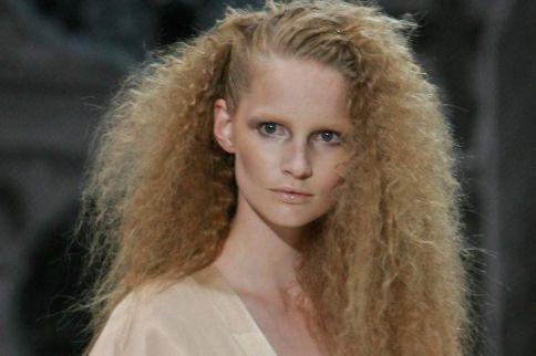 Dauerwelle bei dunnen haaren