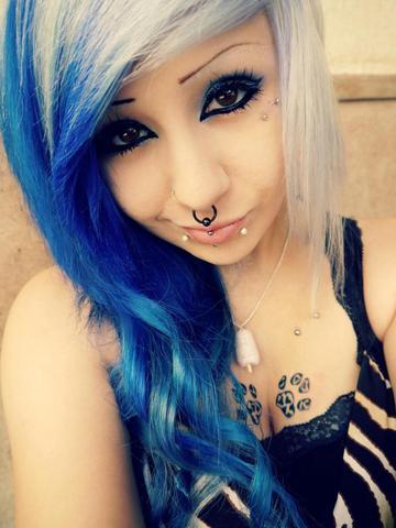 Pony & weiß/blonde Haare - (Haare, Farbe, blau)