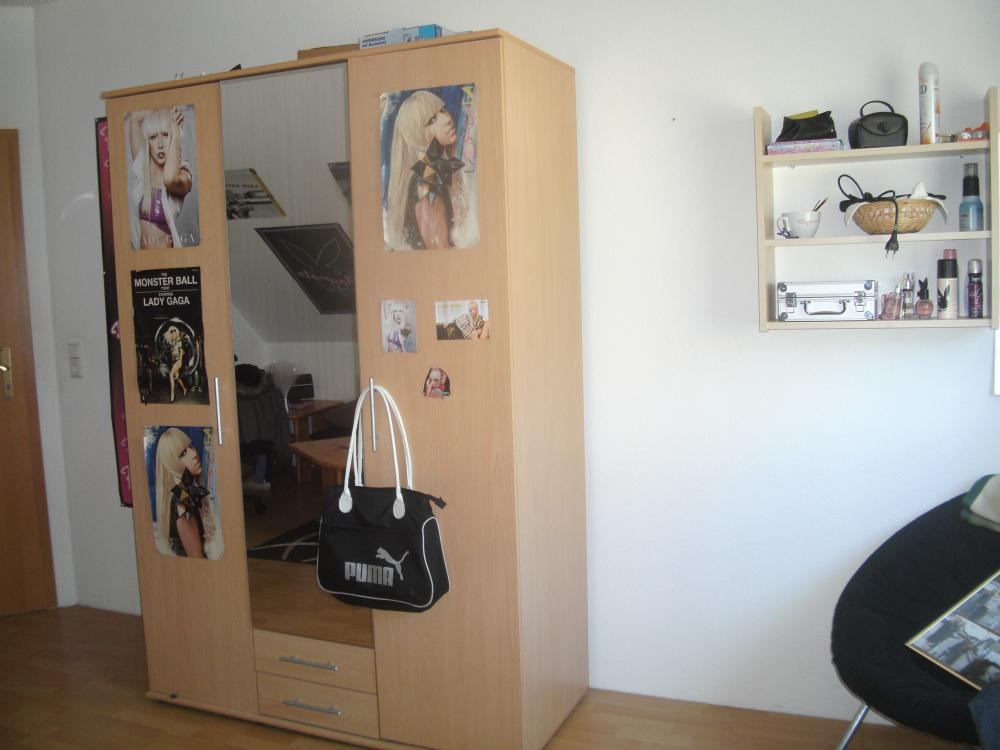 wie soll ich mein zimmer streichen hab auch bilder. Black Bedroom Furniture Sets. Home Design Ideas