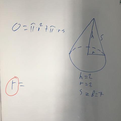 Wie stelle ich die Oberflächen Formel eines Kegels so um das ich r rausbekomme?