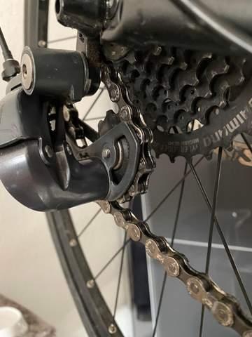 Wie stelle ich meine Rennrad-Schaltung richtig ein? Was ist falsch?