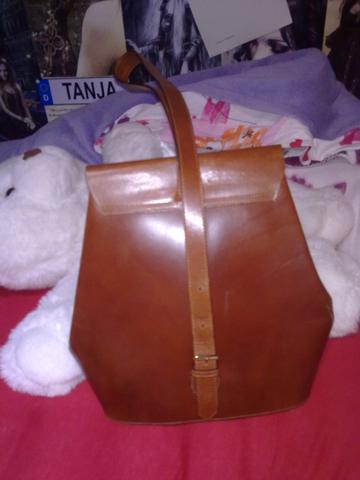 Tasche von hinten - (Mädchen, Mode, Kleidung)