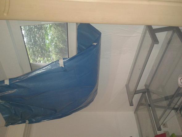 wie trockne ich die wand wohnung fenster regenwasser. Black Bedroom Furniture Sets. Home Design Ideas