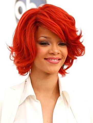 Rihanna  - (Haare, Mutter, färben)